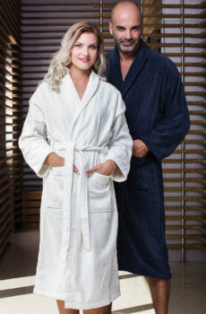 Como Velours Bath Robe  •  Jassz Towels