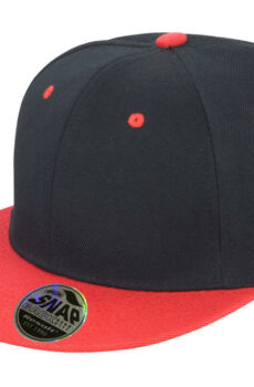 Bronx Original Flat Peak Dual Color von der Marke Result Caps in Black/Red