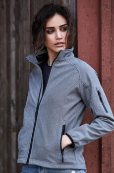 Damen` Lightweight Performance Softshell